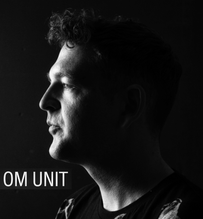 om unit portrait